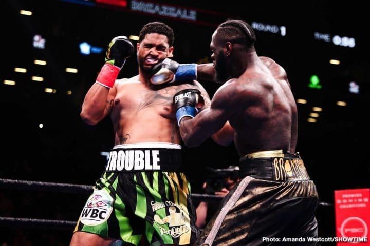 Deontay Wilder extermine Dominic Breazeale en un round.