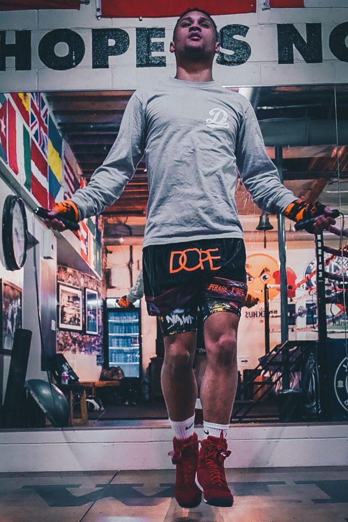 DOPE et Superare s'associent pour une collection de boxe inspirée streetwear